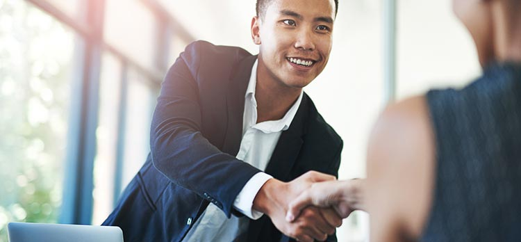 Onboarding a New Leader? Here's How You Can Help Them Succeed