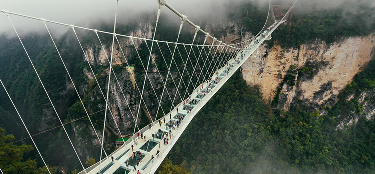 How to Build a Bridge Between Sales and Marketing Teams