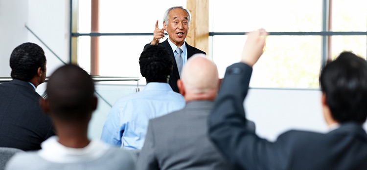 3 Tips Great Speakers Know To Win Over An International Audience