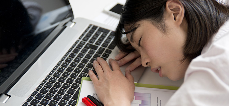 3 Reasons Asian Entrepreneurs Need More Sleep