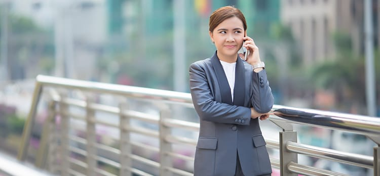 How to Make Any Job Interview (Instantly) Less Awkward on the Phone
