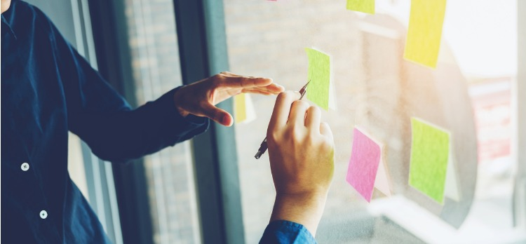 4 Words Really Smart Leaders Use to Manage a Team (Curiously, They All Start With the Same Letter)
