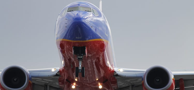 Chicago, IL, USA - January 18, 2015: Southwest Airlines Boeing 737-800 landing on 31C at the Chicago Midway Airport.